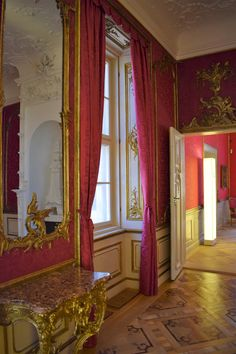 There are many reasons why I travel: for visiting an iconic place, for discovering hidden histories - I have a PhD in history, after all -,. Castle, Curtains, Places, Home Decor, Luxury, Blinds, Decoration Home, Room Decor, Castles