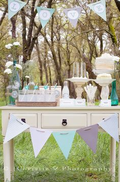 Shabby chic party theme.