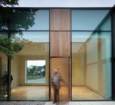 Ballyroan Parish Centre / Box Architecture