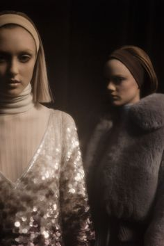Marc Jacobs fall 2014 rtw backstage photographed by Drew Jarrett