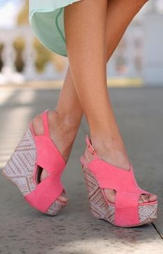 Gorgeous pink suede wedges fashion