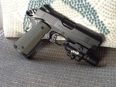 Springfield M1911 Compact Tactical