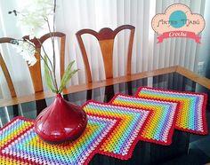 Artes Mabú Crochê: Caminho de Mesa Granny PAP: http://www.artesmabucroche.blogspot.com.br/2014/07/caminho-de-mesa-granny.html