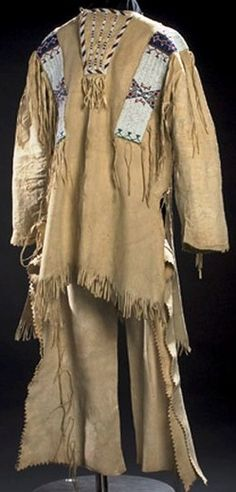 Native American Clothing, Native American Beadwork, Native Indian, Indian Art, Indian Clothes, Indian Outfits, Leather Fringe, Suede Leather, Warriors Shirt