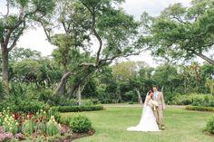 Elegant spring Kiawah Island Sanctuary wedding. © Carolina Photosmith