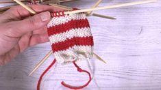 Nosta raitaneuleen värinvaihtokohdassa yksi silmukka puikolle edelliseltä kerrokselta, niin raidasta tulee siisti ja portaaton. Knit Mittens, Knitting Socks, Knitted Hats, Diy Crochet And Knitting, Crochet Instructions, Yarn Projects, Handicraft, Needle Felting, Knitting Patterns