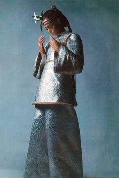 Yves Saint Laurent-1968