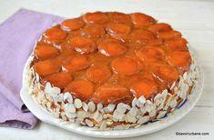 Prăjitură răsturnată cu caise, zahăr ars și pandișpan pufos sau tort cu caise și migdale | Savori Urbane Cupcakes, Cake Cookies, Tiramisu, Mango, Deserts, Food And Drink, Sweets, Baking, Ethnic Recipes