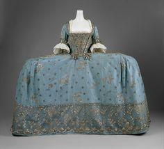 "omgthatdress: Mantua 1750 The Metropolitan. - omgthatdress: ""Mantua 1750 The Metropolitan Museum of Art "" 18th Century Dress, 18th Century Clothing, 18th Century Fashion, 17th Century, Old Dresses, Vintage Dresses, Vintage Outfits, Historical Costume, Historical Clothing"