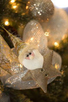Christmas 2019 : Christmas Catalog 2019 The Home Depot Noel Christmas, Christmas Items, Christmas 2017, Christmas Ornaments, Home Depot, Christmas Cards Drawing, Good Night Flowers, Christmas Cushions, Christmas Catalogs