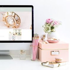 Sneak peek of a custom Showit website for a modern, pastel-inspired visual brand by b is for bonnie design