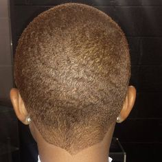 Autumn is my favorite season. Short Natural Haircuts, Natural Hair Cuts, Natural Hair Styles, Tapered Natural Hairstyles, Shaved Hair Designs, Barbers Cut, Tapered Hair, My Hairstyle, Fade Haircut