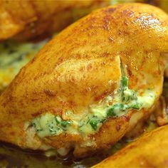 This is the easiest and the tastiest Spinach Stuffed Chicken Breast recipe. The spinach stuffing is so creamy and smooth that you'll become addicted to it. I warned you. # Food and Drink dinner videos Spinach Stuffed Chicken Meat Recipes, Cooking Recipes, Healthy Recipes, Dinner Recipes, Cooking Ideas, Snack Recipes, Spinach Stuffed Chicken, Roasted Chicken, Stuffed Chicken Breasts