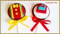 Pirulito de chocolate com personalização em pasta americana <br> <br>Vão embalados no celofane com fita de cetim inclusa <br> <br>Desenvolvemos qualquer tema. Consulte-nos <br>Diametro de 5,5cm