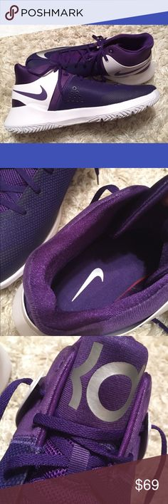 KD Trey 5 Nike Kevin Durant B-ball Shoes Sz 15 NEW Nike Kevin Durant KD Trey 5 Purple and White Basketball Shoes. Silver Swoosh. Size 15. New without box. Unworn. Nice Deep Purple Color. Crisp and Clean. Medium Width.100% Authentic. Traditional KD on the tongue. KD Trey 5 on the ankle in white. #35 in purple on the side heel. I ship same or next day from a smoke free home. I try to describe items honestly and price them fairly. Feel free to make an offer or ask any questions or make an…