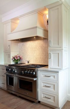 Cabinets: Soft White Maple, Flush Inset with Somerset door style