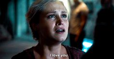 The 22 Times Clarke Griffin Gave Us All the Feelings: When her father died- Clarke has known loss, and the loss of her father played a big part in shaping who she would become as a leader and as a person especially during The 100 Season The 100 Season 1, Clarke The 100, The 100 Serie, The 100 Clexa, Eliza Taylor, Bellarke, Save Her, Ex Girlfriends, Series Movies
