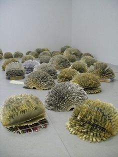 Julie Dodd Sculpts Delicate Nature-Inspired Artwork From Layers of Recycled…