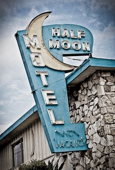 Half Moon Motel by Shakes The Clown, via Flickr