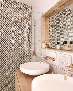 Bathroom Interior Design, Home, Modern Bathroom Design, Home Remodeling, Bathroom Layout, Cheap Home Decor, House Interior, White Bathroom, Bathroom Decor