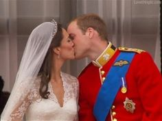 Royal Kiss love wedding marriage royalty prince william kate middleton