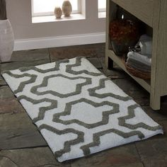 Shop for Saffron Fabs Cotton Quatrefoil Bath Rug. Free Shipping on orders over $45 at Overstock.com - Your Online Bath