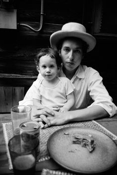 Bob Dylan and his son Jesse by Elliott Landy, 1968