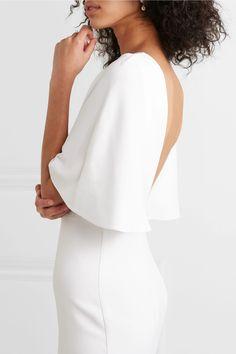 Weiß Robe aus Crêpe mit Cape-Effekt | Cushnie | NET-A-PORTER Elegant Wedding Dress, Elegant Dresses, Wedding Dresses, Iconic Dresses, Bridal Show, Models, Ivoire, Mannequin, Bridal Collection