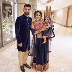 Where To Shop Mother Daughter Matching Lehenga, Sharara In The US? Mom Daughter Matching Outfits, Mommy Daughter Dresses, Mother Daughter Fashion, Matching Family Outfits, Little Girl Dresses, Mother Son, Pakistani Outfits, Indian Outfits, Indian Clothes