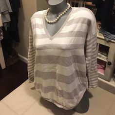 Brand-new from Stanford mall EXPRESS small Ultra soft Boxy Express Sweaters