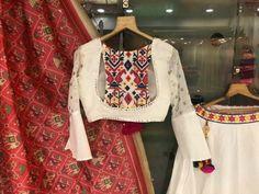 Choli Designs, Lehenga Designs, Choli Blouse Design, Sari Blouse Designs, Designer Blouse Patterns, Fancy Blouse Designs, Stylish Blouse Design, Indian Designer Outfits, Trends