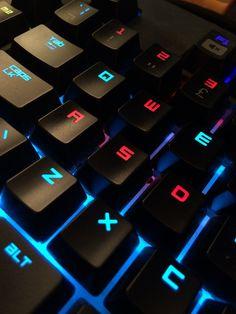 E-Sports drängt ins Rampenlicht Technology Wallpaper, Computer Technology, Computer Programming, Gaming Computer, Computer Keyboard, Programming Languages, Digital Technology, E Sports, Pc Gamer