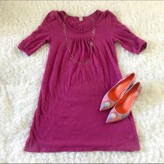 Old Navy Dress Sweater dress. Very light weight. 100% cotton. Never worn. No tags. Looks great with or without tights/leggings. Perfect for spring! Old Navy Dresses Midi
