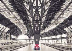 Départ, Alvia Train, Barcelona - photo by Franck Bohbot