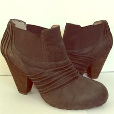 Vince Camuto Booties 81/2 Used, no rips or stains. Vince Camuto Shoes Ankle Boots & Booties