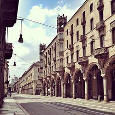 "Via Pietro Micca, #Torino Foto by Angela Whitecat  From ""#YesTorinoTips"" story by Yes! Torino on Storify — http://storify.com/yestorino/yestorinotips"