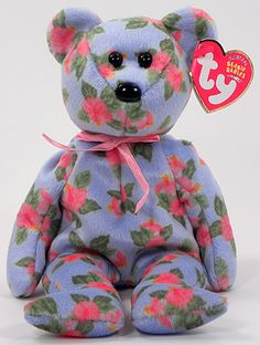 Cinta Ty Beanie Baby bear reference information and photograph. Cute Stuffed Animals, Dinosaur Stuffed Animal, Ty Babies, Beenie Babies, Ty Bears, Beanie Baby Bears, Original Beanie Babies, Baby Information, Kawaii Plush