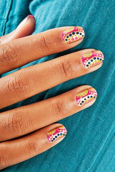 "Nail Art's New Wave: Flash Back To The '60s With The ""Mod World"" #refinery29"