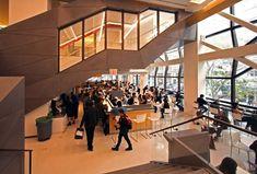 10+1 web site|第4回:学ぶ場の設計から学ぶ──ラーニング・コモンズと美術館|テンプラスワン・ウェブサイト