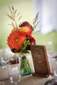 58 best Ideas for simple wood carving ideas center pieces Rehearsal Dinner Centerpieces, Fall Wedding Centerpieces, Mason Jar Centerpieces, Wedding Arrangements, Wedding Decorations, Centerpiece Ideas, Dahlia Centerpiece, Table Decorations, Rustic Centerpieces