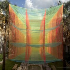 Exhibited in Austin, Texas, Cubic Prism is a fabric structure designed by Akane Moriyama to offer a transient experience of shifting form, light and colors. Gardenias, Land Art, Street Painting, Fabric Structure, Metal Magazine, Textiles, Stage Design, Set Design, Environmental Art