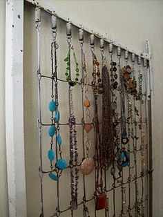 Bed spring jewelry holder