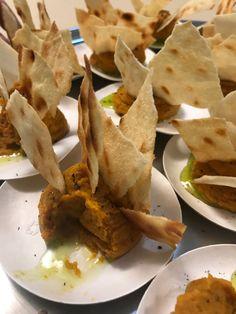Paté de zanahoria con aceite ahumado de cebollino y pan sardo - Blog · Casa Albets