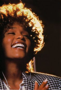 See Whitney Houston pictures, photo shoots, and listen online to the latest music. Beverly Hills, Music Icon, Pop Music, Black Is Beautiful, Beautiful People, Whitney Houston Pictures, New Jack Swing, Guinness World, Mariah Carey