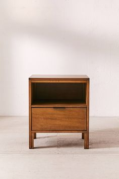 The Home Theater Furniture Makes All The Difference Boho Nightstand, Creative Furniture, Nightstand Decor, Furniture, Victorian Furniture, Nightstand, Cheap Patio Furniture, Home Decor, Spring Centerpiece