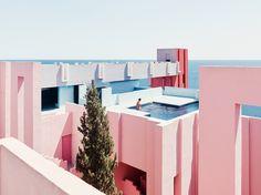 Galería de La Muralla Roja de Ricardo Bofill bajo el lente de Gregori Civera - 13