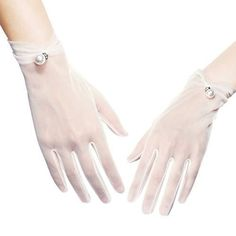 Floral Lace Gloves Stretchy Adult Size See Variations! – U-one Pearl White Material of the wedding party pageant dance gloves: lace fabric. One size fits most because of the high quality a bit stretchy lace fabric. Great wedding and dance gloves for women, which go well with wedding dress, flapper costume dress, tea party outfit, … Floral Lace Gloves Stretchy Adult Size See Variations! – U-o… yazısı ilk önce Party üzerinde ortaya çıktı.