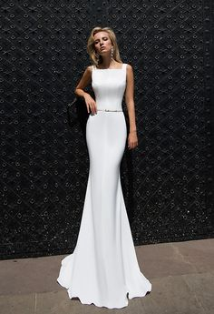 White simple minimal wedding bridal dress gown #bride