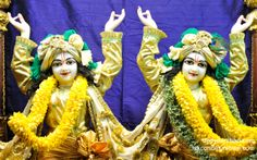 To view Gopinath Close Up Wallpaper of ISKCON Chowpatty in difference sizes visit - http://harekrishnawallpapers.com/sri-sri-nitai-gaurachandra-close-up-wallpaper-008/