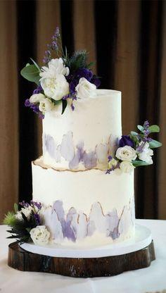 Wedding Cake Photos, Beautiful Wedding Cakes, Gorgeous Cakes, Wedding Cake Designs, Pretty Cakes, Bolo Glamour, Lilac Wedding Colors, Lavender Cake, Lavender Wedding Cakes